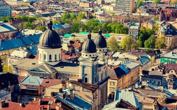 اقامت در اوکراین