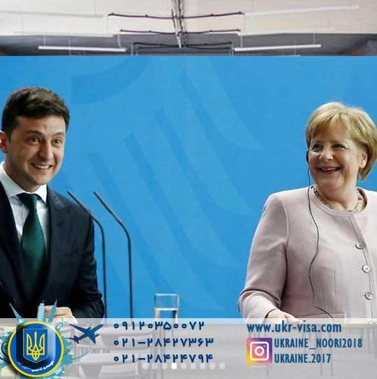 مرکل از میانجیگری برلین و پاریس برای حل بحران اوکراین خبر داد