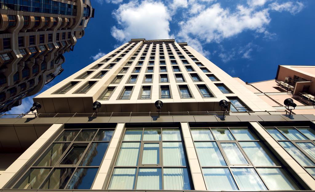 سیتی هتل شهر کی یف | CITY HOTEL KIEV
