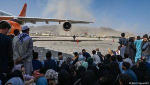 خروج مردم افغانستان